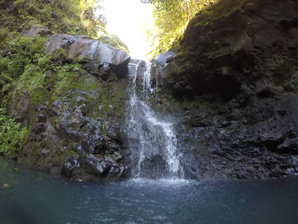 waimano falls picture